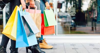 Крымские торговые компании согласились заменить целлофановые пакеты на бумажные