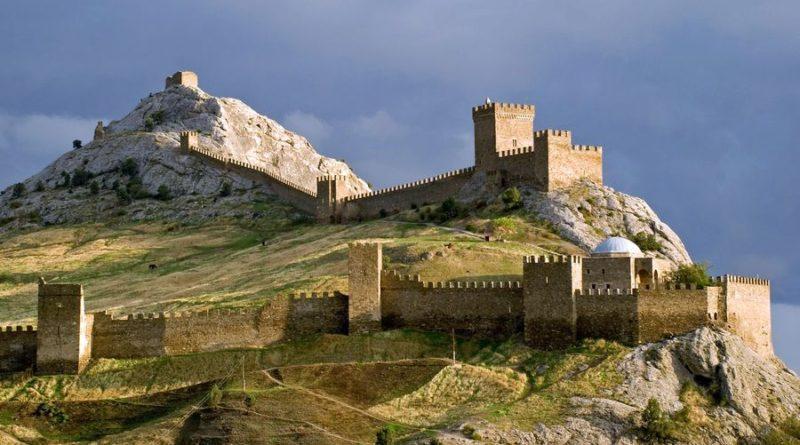 Минкурортов начало прием заявок на республиканский конкурс «Экскурсионная мозаика Крыма»
