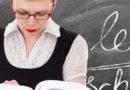 Пикет педагогов в Симферополе потребовал отставки министра образования Крыма