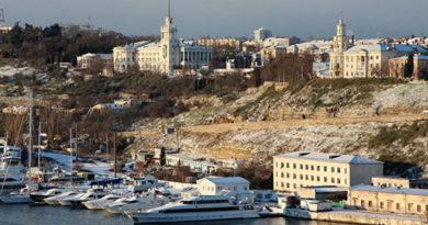 В Крыму до 5 градусов мороза и снег