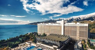 Гостиницы Крыма предлагают более 2 тысяч вакансий