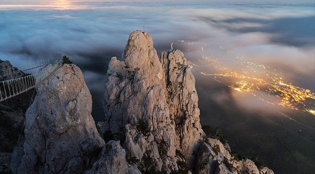 Крымский спортсмен планирует подняться на вершину Ай-Петри со штангой