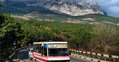 Новые автостанции, автобусные кассы в аэропорту и круглосуточные рейсы: Крым готовится к сезону