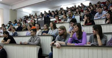"""Преподаватели """"Баумановки"""" будут обучать крымских специалистов - Кабаков"""