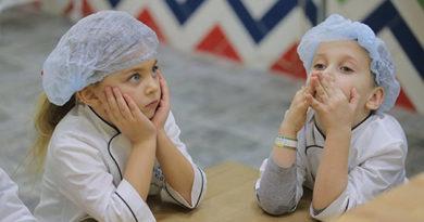 Россияне хотят видеть детей врачами, военнослужащими и юристами