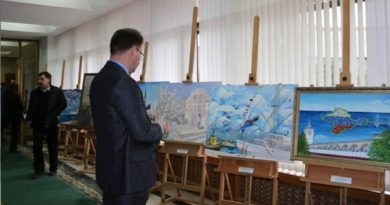 В Государственном Совете РК открылась выставка работ крымских художников «Крымская весна»