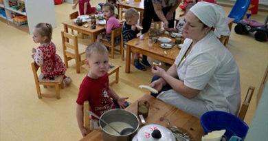 Бахарев: в этом году в Симферополе откроют 10 модульных детсадов