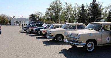 Европейцы проедут по Крыму на классических советских автомобилях