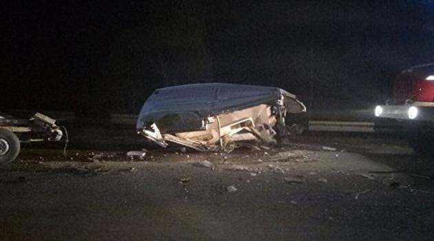 Ночью под Балаклавой столкнулись автобус и фургон: есть пострадавшие