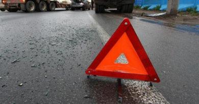 Шесть человек пострадали в ДТП с участием рейсового автобуса и двух легковых авто в Красногвардейском районе Крыма