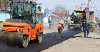 В Саках завершается ремонт улицы Симферопольской