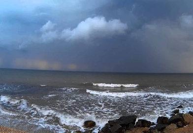 В воскресенье в Крыму до 12 градусов тепла, местами дожди