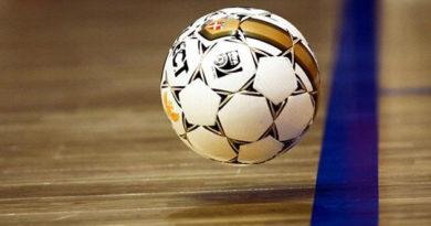 Ялтинские футзалисты выиграли первый матч в Чемпионате Крыма