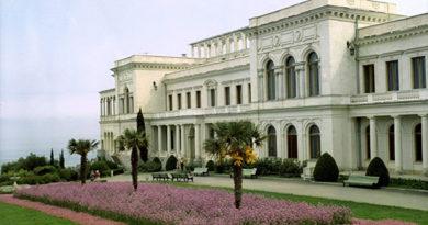 Крыму нужно закрепить репутацию честного курорта в среднем сегменте - Аксенов