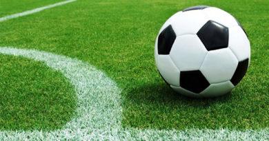 Ректор КФУ сообщил, что из всех футбольных полей вуза отремонтирует только одно