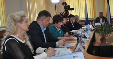 В Бахчисарае выбрали двух конкурсантов на должность главы администрации района