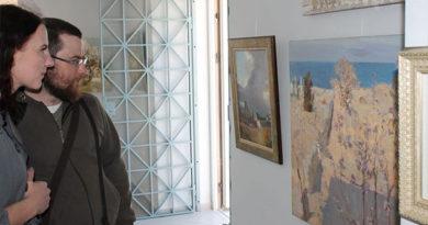 """В Херсонесе открылась выставка """"Вдохновение Корсуни"""""""