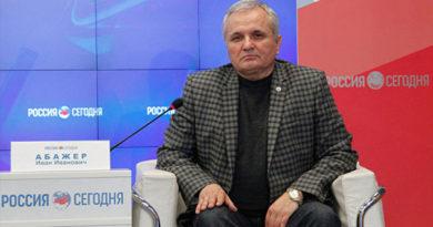 Абажер: такого единения народов, как сейчас, в Крыму не было давно
