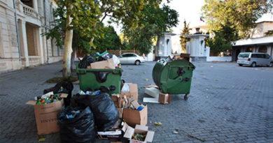 Аксенов намерен лично проверять уборку мусора в Симферополе