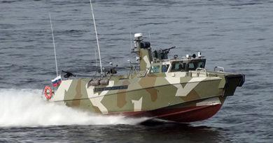 """Черноморский флот пополнился двумя новейшими катерами """"Раптор"""""""