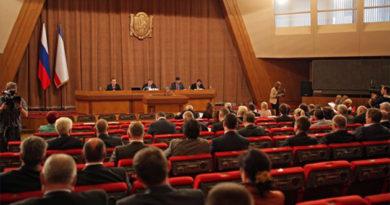 Крымский парламент принял в первом чтении языковой закон