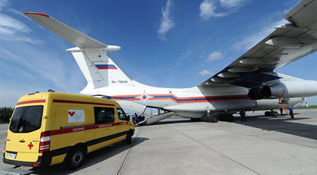 Спецборт МЧС доставил тяжелобольного ребенка из Крыма в Санкт-Петербург