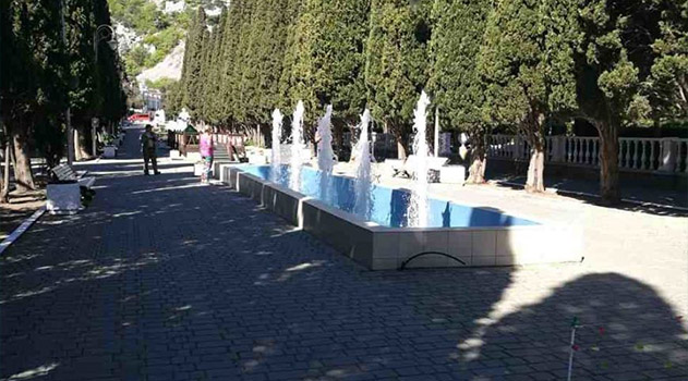 В Симеизе заработал фонтан