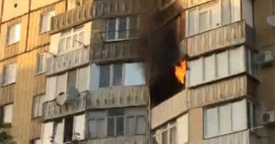 В Симферополе горела квартира в многоэтажке