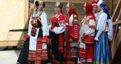 В Симферополе покажут коллекцию русской одежды конца XIX – начала XX веков