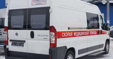В Симферополе пьяный выскочил на дорогу и попал под автобус