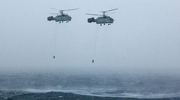 Вертолеты авиации ЧФ провели учения по поиску подлодок условного противника в Крыму