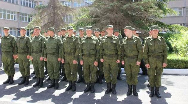 pervaya-gruppa-krymskih-prizyvnikov-otpravitsya-sluzhit-za-predely-poluostrova