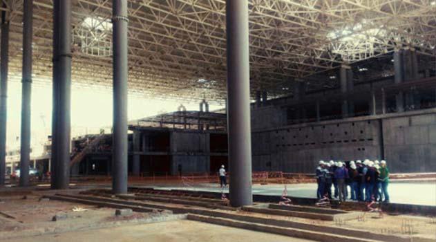 stroiteli-novogo-terminala-aeroporta-simferopol-zavershat-sooruzhenie-karkasa-kompleksa-v-iyune