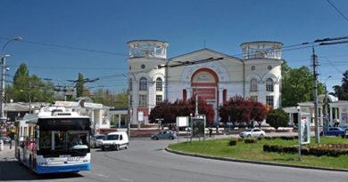 """Аксенов поручил Службе автодорог """"изжить"""" аварийность в Симферополе"""