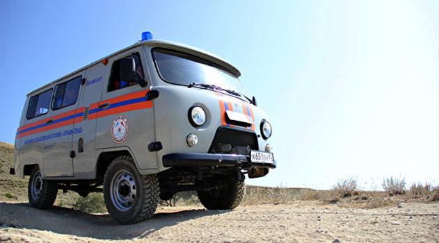 В крымских горах спасатели 16 часов искали заблудившуюся девушку