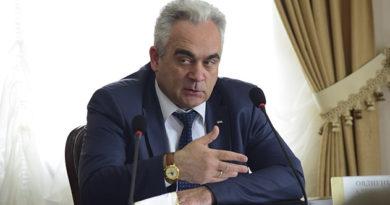 aleksandr-ovdienko-provyol-zasedanie-torgovo-arhitekturnoj-komissii