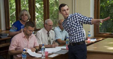 studenty-fiziki-kfu-zashhitili-svoi-raboty-na-zavode-fiolent