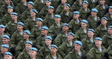 Две сотни крымчан ушли служить в Росгвардию