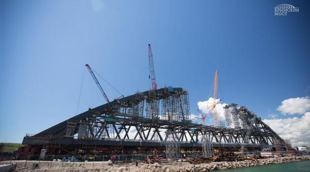 Министр транспорта отметил хорошие темпы строительства моста в Крым