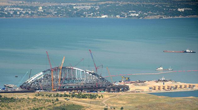 Тысячу песен и стихов россияне посвятили мосту в Крым