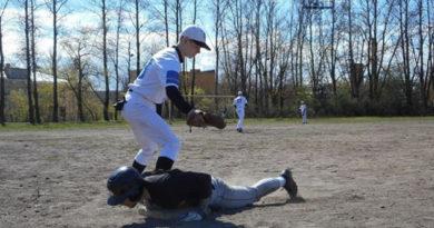simferopolskaya-komanda-proigrala-gostyam-iz-moskvy-matchi-chempionata-rossii-po-bejsbolu