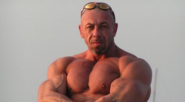 umer-krymskij-bodibilder-mihail-bekoev