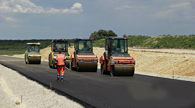 Помощник президента РФ: Крыму нужна программа развития местных дорог
