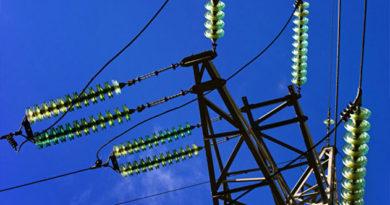 В Крыму и Севастополе восстановили электроснабжение в полном объеме
