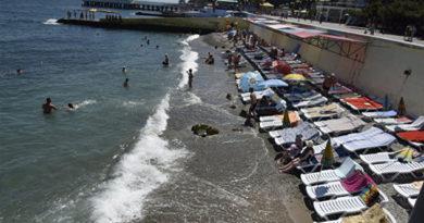 В Крыму улучшается ситуация с доступностью пляжей для инвалидов