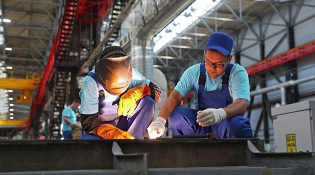 "Завод ""Море"" в Феодосии обеспечат заказами более чем на 1 миллиард рублей"