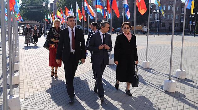 Более 800 врачей и ученых принимают участие в медицинском форуме в Грозном