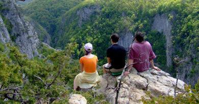Константинов рассказал, как развивать туризм в Крыму