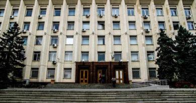 simferopolskie-deputaty-edinoglasno-podderzhali-izmenenie-gorodskih-pravil-zemlepolzovaniya-pod-krymskuyu-rozu