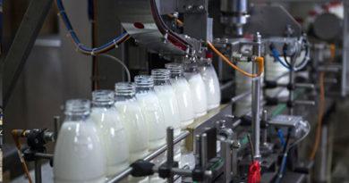 v-krymu-v-molochnoj-produktsii-vyyavili-antibiotiki-i-rastitelnye-zhiry